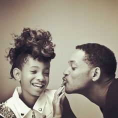 Willow Smith and Will Smith - Moment of Family Will Smith, Jaden Smith, Black Fathers, Fathers Love, Daddys Little Girls, Daddys Girl, Jada Pinkett Smith, Pretty People, Beautiful People
