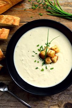 A lightened-up, dairy-free version of the classic cold soup, this vegan vichyssoise is so creamy and delicious you'll be eating it all summer long!