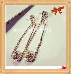 Hot Sale Europe Lion Earrings Jewellery ,2017 Golden Crystal Rock Animal Stud earring for women