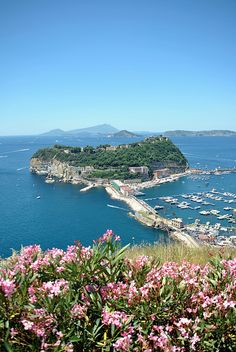 Nisida, placed a short distance from the coast of Cape Posillipo, is connected to the mainland by a stone bridge