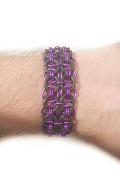 """1"""" Wide Stretch Chainmail Metal Bracelet - Black Purple Bracelet - Goth Emo Clothing Accessory - Chainmaille Jewellry - Strechy Wristband by JohnsChainmailShop from John's Chainmail Shop. Find it now at http://ift.tt/2oCRbAG!"""