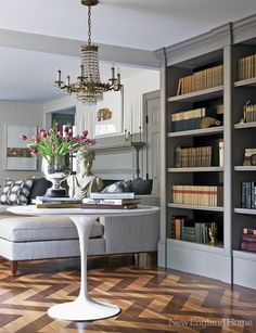 a perfect gray website/gray bookshelves