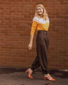 Mixing fall tones in an outfit   For more style inspiration visit 40plusstyle.com