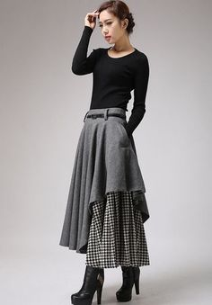 Long Gray Skirt - Tea Length Skirt - Warm Winter Skirt - Houndstooth - Winter Fashion - Wool Clothes - Black and White - Warm Gray Wool up your wardrobe with this gray and houndstooth layered women's skirt from Xiaolizi. Designed in artis Winter Rock, Winter Boots, Winter Heels, Outfit Winter, Summer Outfit, Fall Winter, Tea Length Skirt, Houndstooth Skirt, Mode Vintage