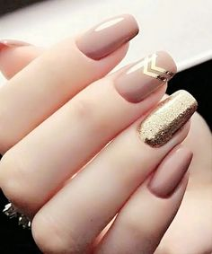 13 more elegant nail art designs for prom 2020 page 21 Classy Acrylic Nails, Classy Nail Art, Elegant Nail Art, Elegant Nail Designs, Simple Nail Art Designs, Cute Nail Designs, Acrylic Nail Designs, Design Mignon, Rose Gold Nails