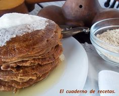 Unas deliciosas Tortitas de Gofio y Plátanos: La receta, en mi blog: http://elcuadernoderecetas.blogspot.com.es/2013/05/tortitas-de-gofio-y-platano.html