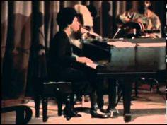 Nina Simone: Ain't Got No / I Got Life - YouTube