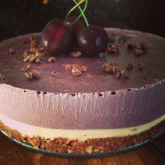 Raw Cherry & Vanilla Cheesecake