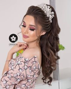 # peinados Quinceanera Best 12 Curls – Page 700028335810215143 – SkillOfKi. Bandana Hairstyles, Bride Hairstyles, Cute Hairstyles, Wedding Hair And Makeup, Bridal Makeup, Hair Makeup, Spanish Hairstyles, Quinceanera Hairstyles, Braut Make-up