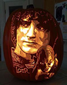 Wonderful Lord of the Rings Pumpkin Carving made by The Pumpkin Geek