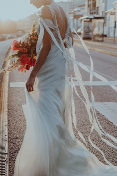 wedding photographer portugal The Wedding Date, On Your Wedding Day, Bridal Stores, Getting Married, Editorial Fashion, Marie, Wedding Planner, Wedding Photography, Wedding Dresses