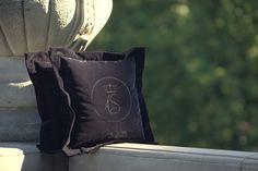 Decorative pillows - Fashion & Luxury #poduszkiozdobne #interiordecoration #poduszkidekoracyjne #decor #luxury #luxuryfurniture #wnętrza #extravagance #elegant #handmadefurniture #luxurygoods #luxuryglam #interiordesign #dekoracja #homedecor #interiorstyling #homedecorating #interiorinspiration #luxurygoods #extravagance #archidaily #interior #designporn #architektwnetrz #projektantwnetrz #wnetrza #interiordecor #home #architektwarszawa #poduszki #poduszkiaksamitne #pillows #cushion