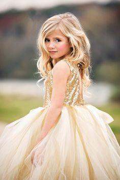 Girls Gold Dress, Gold Flower Girl Dresses, Flower Girl Gown, Gowns For Girls, Little Girl Dresses, Girls Dresses, Flower Girls, Pageant Dresses, Party Dresses