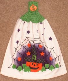 Kitchen Hanging Towel and Topper, Pumpkin, Stars and Spider Web, Crochet. $5.50, via Etsy.  Great Hostess Gift for Halloween