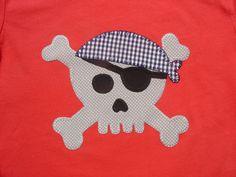 Calavera pirata en gris y azul