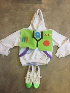 Toy Story Buzz Lightyear Halloween costume Homemade Sweatshirt Shoes adult Small #russell #Shoes Buzz Lightyear Halloween Costume, Toy Story Halloween Costume, Homemade Halloween Costumes, Toy Story Buzz Lightyear, Homemade Toys, Costume Contest, Ugly Christmas Sweater, Costume Design, Baby Dress