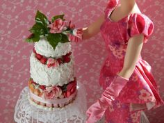 1:6  Strawberry & Roses Wedding Cake Stand and by JansPetitPantry