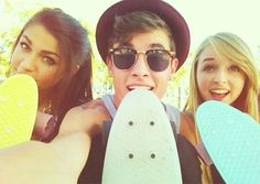 """Kiandrea was like the YouTube edition of a fairy tale. From the time Kian Lawley & Andrea Russett were first linked in 2013 until their eventual breakup in June 2014, they were the epitome of #relationshipgoals. Actually, even after the split, considering that, in December 2015, he posted a video titled, """"Kissing My Ex Girlfriend,"""" …"""
