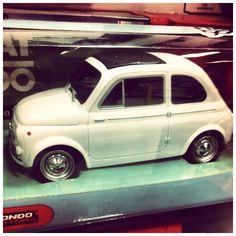 .: ItaliaN FiaT'500 BuragO :.