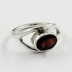 Jaipur Silver  Garnet Stone Designer Silver Ring _ Size 5 US  Note : 925 Sterling Silver Ring  Sterling Silver 925 Stamped  Stone Used : Garnet Stone  Product Weight : 2.7 gm  Product Size : 5 US  Wor