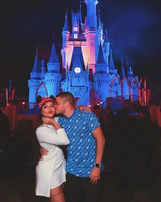Nunca imaginei passar tanta coisa com vc ❤️Deus honrou nossos sonhos 🙏🏻 @diego_bigu obrigada Senhor, por mais uma vez estarmos aqui! 🙏🏻 Orlando, Disneyland, Romance, Photo And Video, Couple Photos, Couples, Instagram, Videos, Thank You Lord