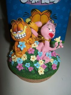 Garfield and Arlene Candle Topper By Westland Giftware Offered by #SimplyGarfield on Bonanza