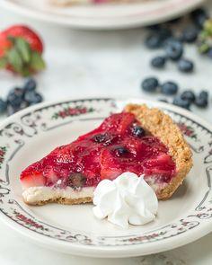 No-Bake Mixed Berry Pie