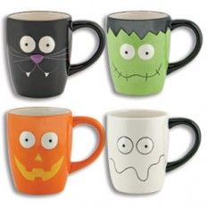 Cute Halloween mugs - would be fun to paint!