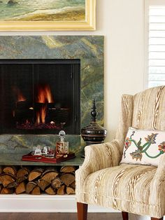 SO smart! Custom firewood storage directly beneath the fireplace. Firewood storage under hearth Like tiles Decor, Wood Storage, Fireplace Mantle, Fireplace Design, Wooden Fireplace Surround, Trending Decor, Decorating With Pictures, Fireplace, Elegant Decor