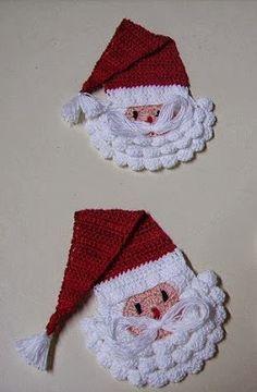Pink Rose Crochet: Batemão Com Carinha D - Diy Crafts - maallure Crochet Christmas Wreath, Crochet Christmas Decorations, Christmas Crochet Patterns, Crochet Ornaments, Holiday Crochet, Christmas Sewing, Christmas Crafts, Crochet Tree, Crochet Santa