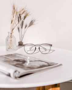 Decidedly cute with a retro attitude, the Lindsay opticals feature a subtle cat-eye and round shape. Encapsulating all that is cool, these frames will bring out a playful yet pulled together look. Subtle Cat Eye, Lenses, Eyewear, Attitude, Sunglasses Case, Light Blue, Frames, Shape, Retro