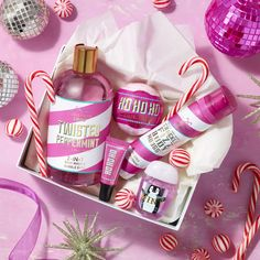 Pink christmas bath n body works, body wash, bath and body, beauty packagin Bath Body Works, Bath N Body, Personalized Bridal Party Gifts, Personalized Makeup Bags, Bridesmaid Makeup Bag, Bridesmaid Proposal Gifts, Bath And Bodyworks, Perfume Oils, Christmas Photography