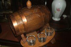 Vtg Oak Reuge Swiss Music Box Granada Keg Barrel Decanter 6 Shot Glasses Mancave Ebay Sale, Shot Glasses, Decanter, Barrel, Vintage Items, Carafe, Barrel Roll, Shot Glass, Barrels