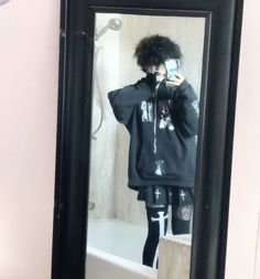 Alternative Outfits, Alternative Fashion, Punk Outfits, Fashion Outfits, Androgynous Hair, My Outfit, Style Me, How To Wear, Clothes