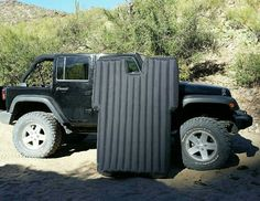 Jeep wrangler inflatable mattress for jeep sleeping and camping Jeep Wrangler Camping, Jeep Camping, Motorcycle Camping, Jeep Wrangler Rubicon, Wrangler Sport, Camping Stuff, Jeep Wrangler Accessories, Jeep Accessories, Camping Accessories
