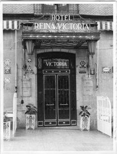 Murcia, Black White Photos, Black And White, Hotel Victoria, Spain, Antique, Wallpaper, Gastronomia, Queen Victoria