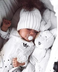 #White #adidas baby outfit ☁️✨