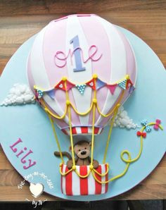 Hot air balloon cake by Icing on the cake
