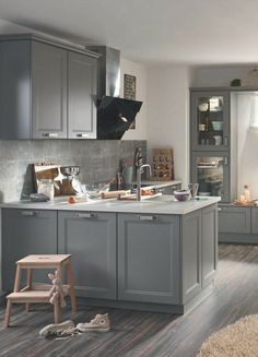 Scandinavian country kitchen: ideas, pictures, tips for planning and implementation - Kitchen Remodel Modern Kitchen Cabinets, Ikea Kitchen, Modern Kitchen Design, Kitchen Ideas, Grey Kitchens, Home Kitchens, Cabinet Refacing, Scandinavian Kitchen, Kitchen Pictures
