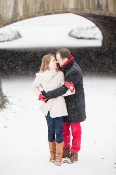 28 Cold Weather Engagement Photos That Will Warm Your Heart | Huffington Post