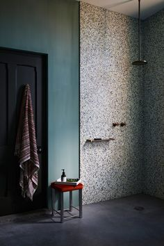 Seven ways to revamp your bathroom, from rose-hued texture to terrazzo from minimalist folk to oversized mirrors Big Bathrooms, Beautiful Bathrooms, Modern Bathroom, Bathroom Green, Luxury Bathrooms, Minimalist Bathroom, Contemporary Bathrooms, Terrazzo Flooring, Concrete Floors