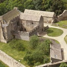 Aydon Castle is Tucked away just one mile from the village of  Corbridge,. it is one of the finest and most unaltered  examples of a 13th-century English manor house.;Set in a beautiful and  secluded Northumberland woodland
