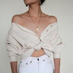 Vintage cream cotton button up - this is the move for at least one day of LIB I think. with lots of bling and body paint of course:) Nails Minimal Fashion, Retro Fashion, Womens Fashion, Fashion Vintage, Summer Outfits, Casual Outfits, Streetwear, Fashion Silhouette, Full Skirt Dress