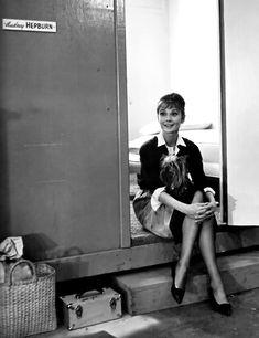 "summers-in-hollywood: ""Audrey Hepburn on the set of The Children's Hour, 1961 "" Marlene Dietrich, Brigitte Bardot, Catherine Zeta Jones, Classic Hollywood, Old Hollywood, Hollywood Glamour, Style Audrey Hepburn, Aubrey Hepburn, Pin Up"