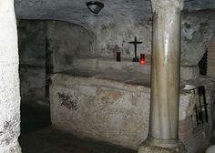 Santantioco.le catacombe paleocristiane unico esempio in sardegna