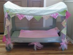 Recycle your playpen.cut out one side mesh, put fitted sheet over top and decorate! Portable Toddler Bed, Diy Toddler Bed, Dinosaur Nursery, Bebe Baby, Kids Storage, Playpen, Baby Sister, Little Girl Rooms, Baby Hacks
