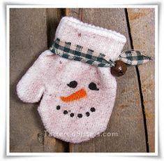 Primitive Christmas Snowman Mitten Ornie