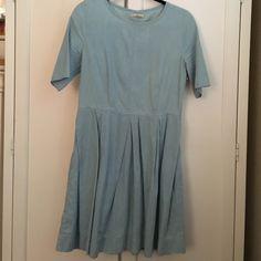 Gap chambray dress Gap chambray dress with pleats GAP Dresses Long Sleeve