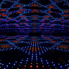 Infinity Mirrored Room: LEDs Forever