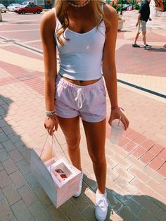 outfits for teens Lazy Outfits, Teenage Outfits, Cute Comfy Outfits, Teen Fashion Outfits, Cute Summer Outfits, Outfits For Teens, Spring Outfits, Trendy Outfits, Girl Outfits